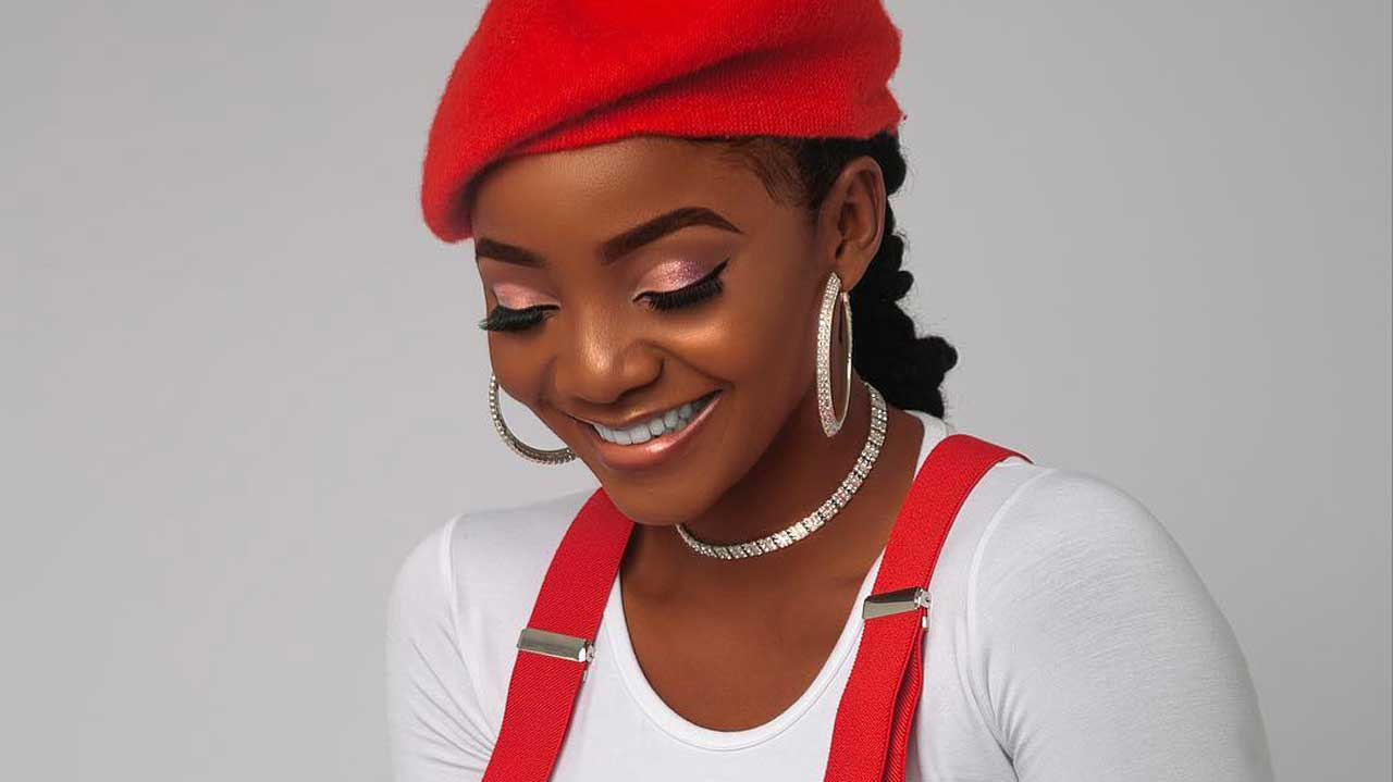 Singer, Simi talk on the essence of formal education